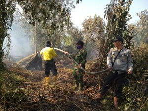 Polda Riau Tetapkan 12 Petani Sebagai Tersangka Kebakaran Hutan dan Lahan