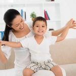 Begini Cara Meringankan Napas Berbunyi dan Sesak Napas Anak