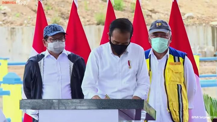 Presiden Jokowi Gencar Membangun Infrastruktur