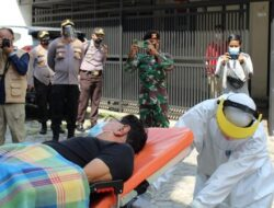 Polisi Jemput Pasien Positif Covid-19 Sedang Isoman di Pekanbaru