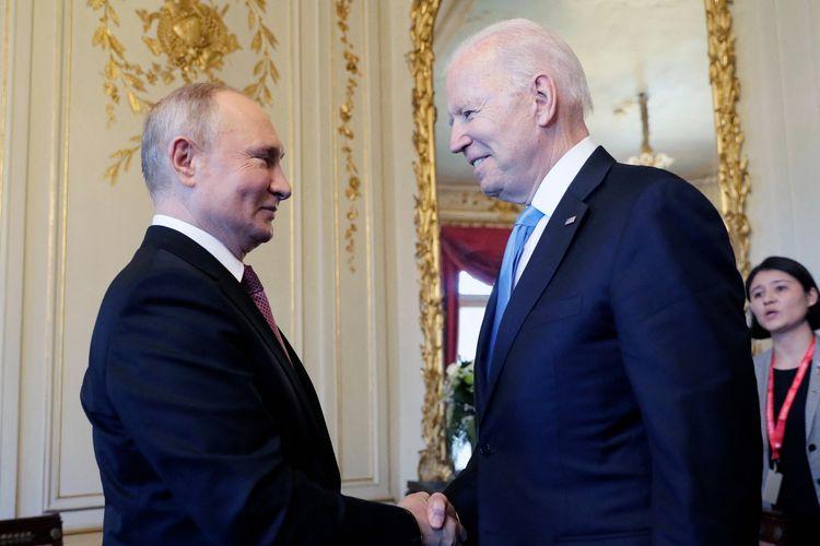 Joe Biden Minta Vladimir Putin Hentikan Serangan Kelompok Ransomware