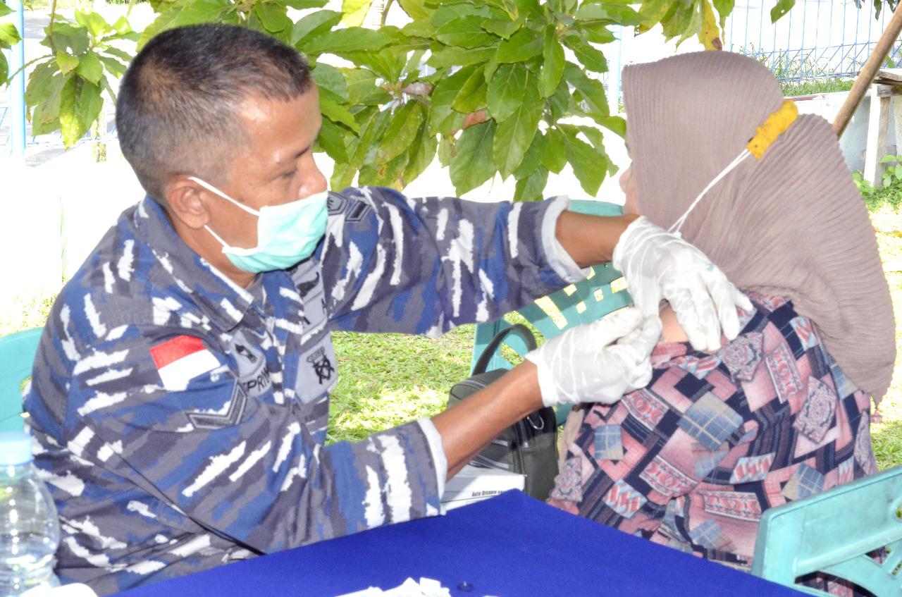 TNI AL Gelar Serbuan Vaksin Tahap II kepada Masyarakat Dumai