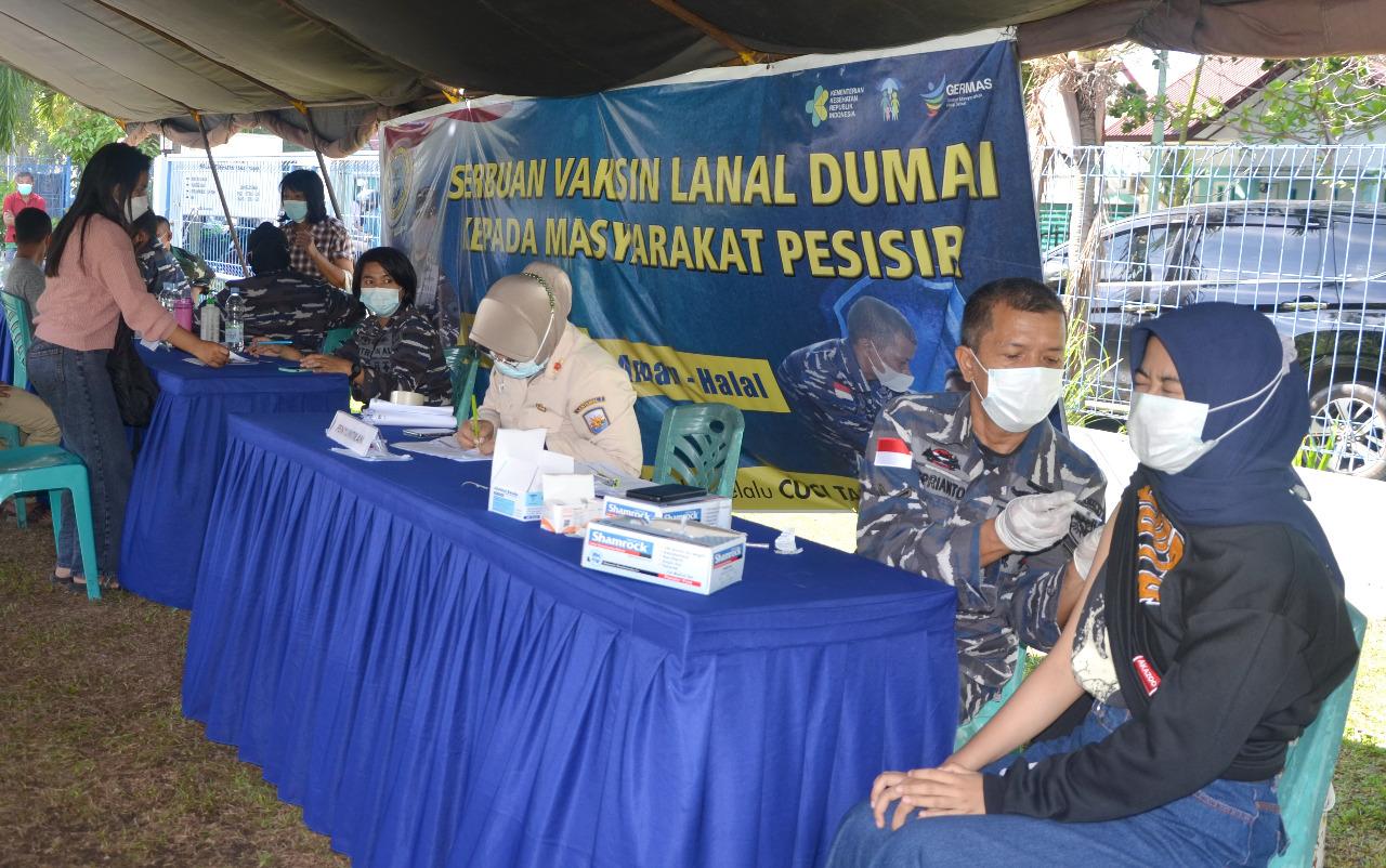 Serbuan Vaksinasi TNI AL