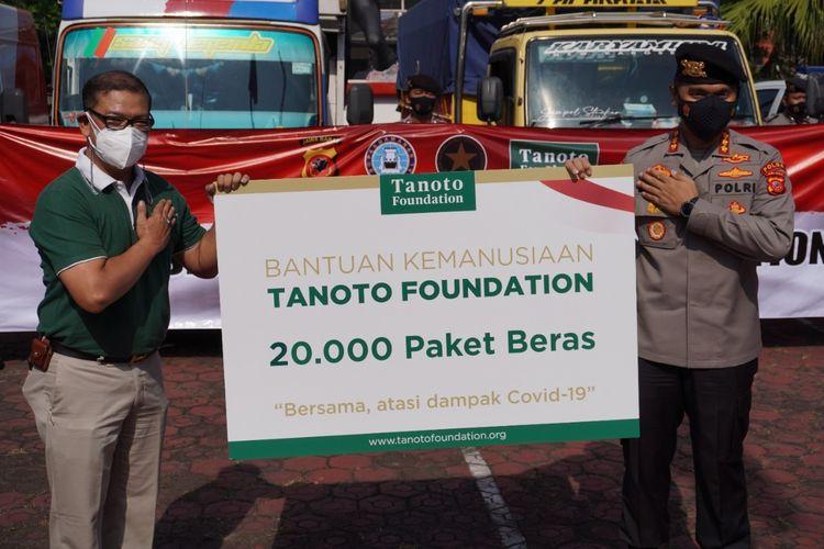 Tanoto Foundation Donasikan 300 Ton Beras Premium